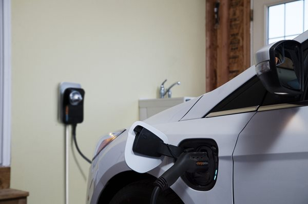 EV Owners:  Give Yourself the Gift of Convenience This Holiday Season